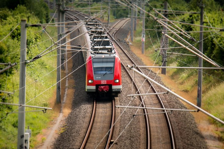 8 Most dangerous railway lines in the world that only few people would dare to try! 2