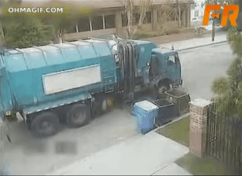 This garbage truck is not very effective...