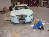 This man fulfilled his dream by transforming an old car into a real beauty! 7