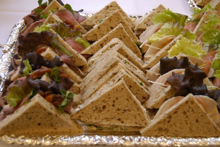 You have been eating your SANDWICH WRONG for all your life 2