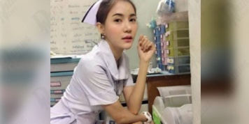 Photos of the nurse who looked too seductive in her uniform