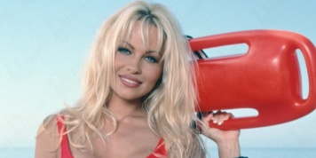At 49, Pamela Anderson reappears in public...