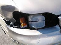 10. We can see that this driver repaired his right light! Let it serve as an example to save the environment...