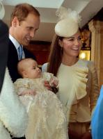 Why Kate Middleton always wears the same colour to her children's christenings 13