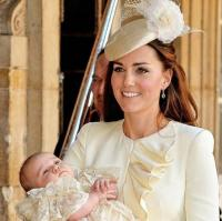 Why Kate Middleton always wears the same colour to her children's christenings 10