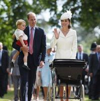 Why Kate Middleton always wears the same colour to her children's christenings 14