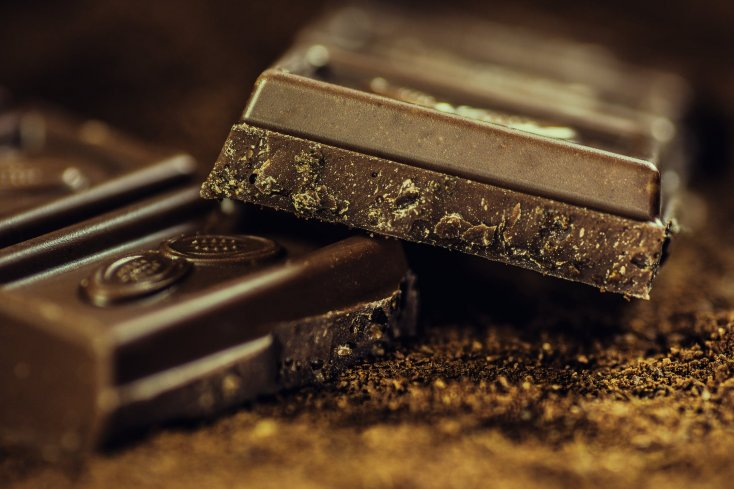 Chocolate has over 600 flavor compounds, red wine has only 200 1