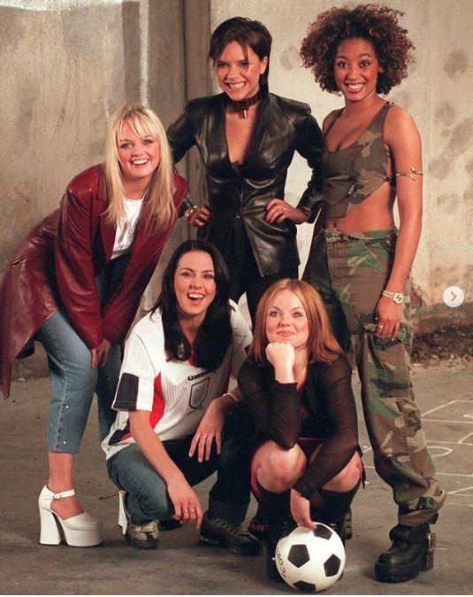 1. You could say that this is one of the last times that the former Spice Girl was seen smiling. 1