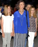 What did King Philip VI say while Letizia and Sofia argued? 6
