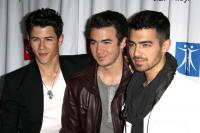Jonas Brothers Back to PAY for Nick's weddings!? 6